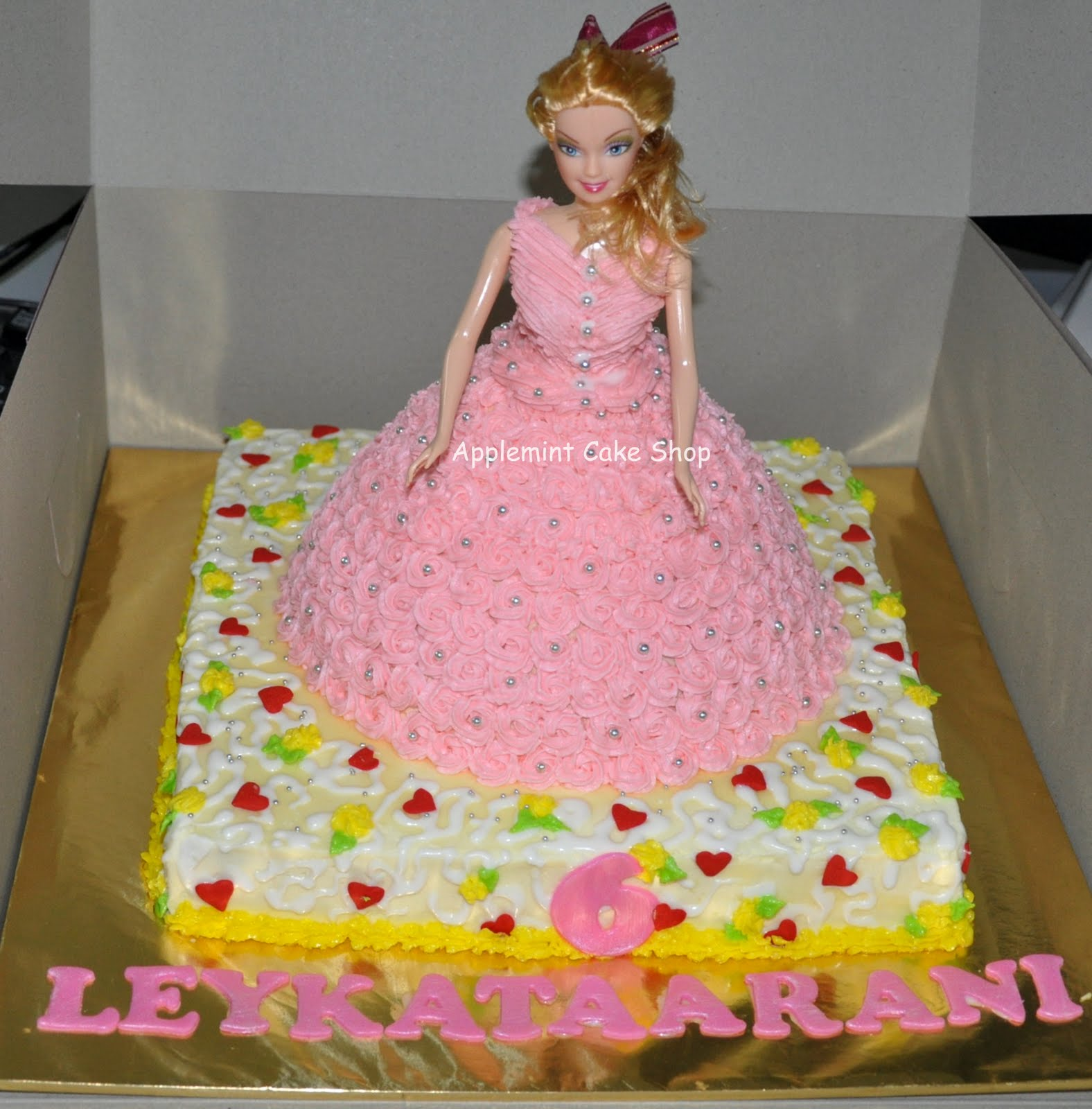 Doll Cake Images With Name : Applemint Cake Shop Ipoh: Vegan Doll cake