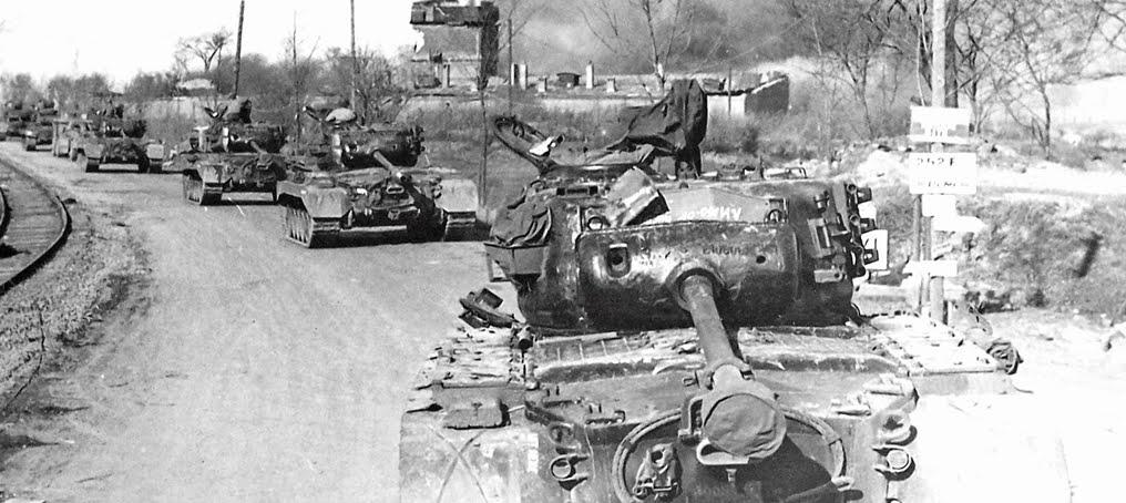 M5 Stuart Tank - Walk Around - Squadron Signal - Excellent Full Colour Photos