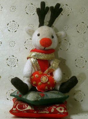 christmas reindeer felted