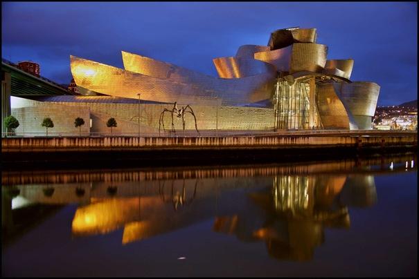 http://3.bp.blogspot.com/_L32qDC6OUIw/TNIekHlW_uI/AAAAAAAAAdQ/S9QVnCCq10c/s1600/Guggenheim+Museum+(Bilbao,+Spain).jpg
