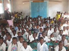 Standard on Class Buswelu Elementary