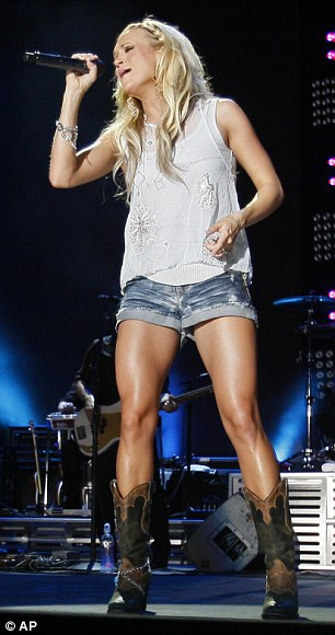 Carrie Underwood: Girl Crush!