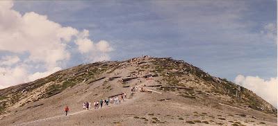 Annieinaustin, St Helens park, climb windy ridge