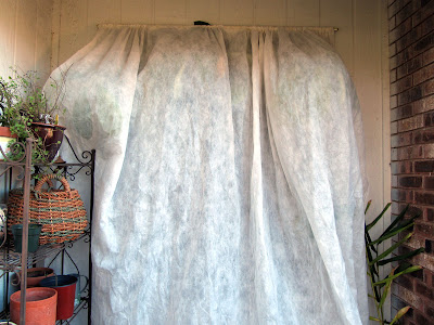 Annieinaustin,2011,02,N-sulate curtain