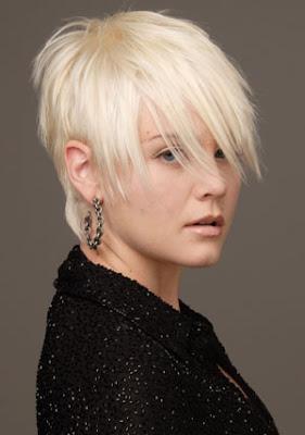 Corte de cabello decolorado