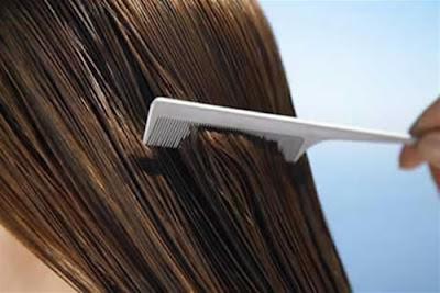 Manto hidrolipidico para proteger el cabello