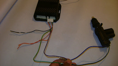 طريقة تركيب جهاز الانذار DSC00653.jpg