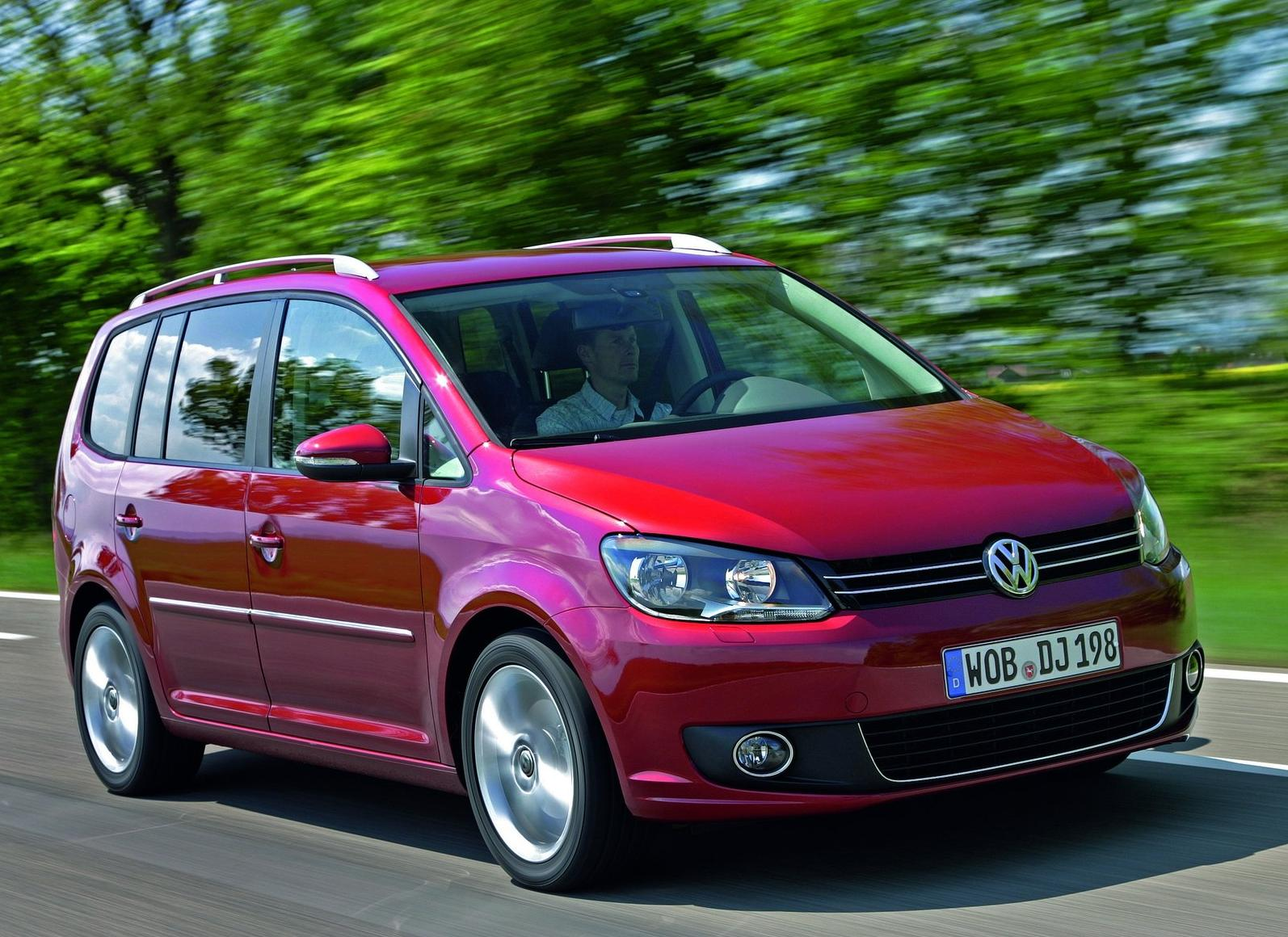 sport car  Volkswagen Touran   2011