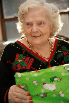 more holiday gifts for nursing home residents