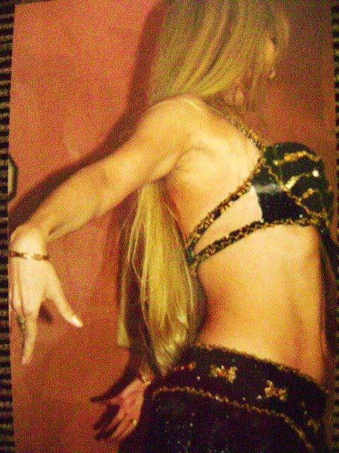 Mônica - Sacerdotisa e Dançarina da Deusa