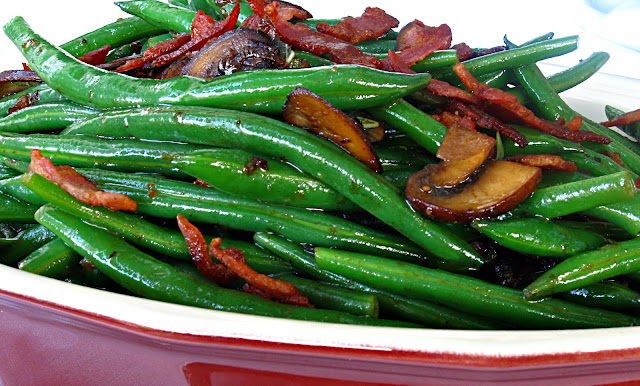 ... Splatters: Green Beans with Crispy Pancetta, Mushrooms, and Shallots
