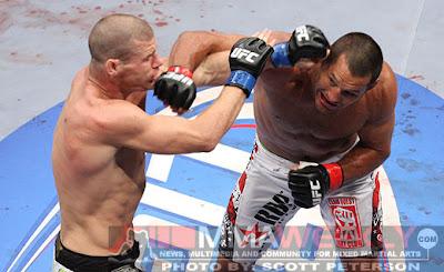 UFC 100: Lesnar vs. Mir 2 - Dan Henderson vs. Michael Bisping
