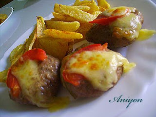 recipes - meatballs with yellow cheese and tomato