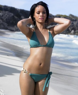 SEXY RIHANNA - WOMAN OF THE YEAR.