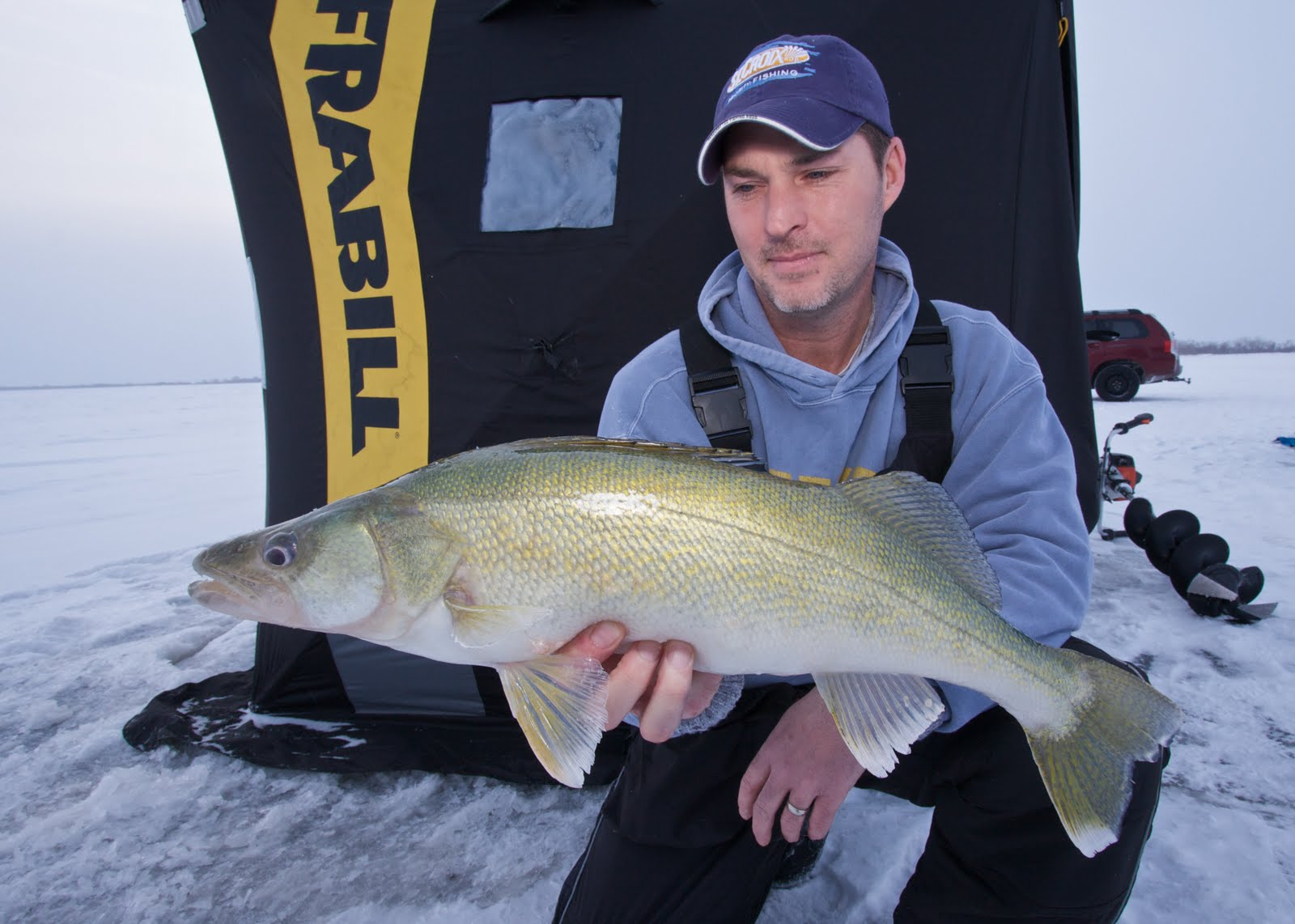 The complete angler january 2011 for Lake winnipeg ice fishing