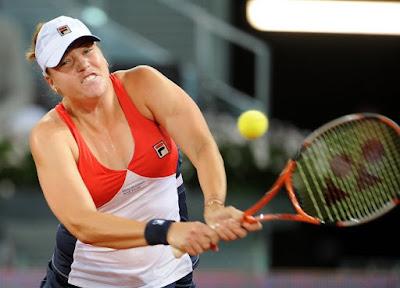 Black Tennis Pro's Alisa Kleybanova Mutua Madrilena Open