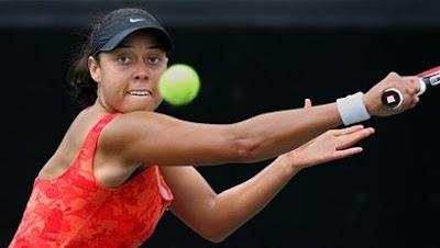 Black Tennis Pro's Alexandra Stevenson Home Depot Women's Challenger