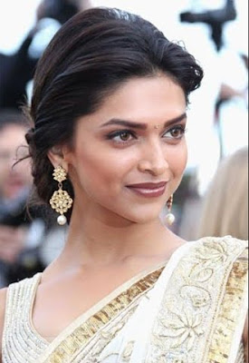 Deepika Padukone in saree at 63rdcannes 2010