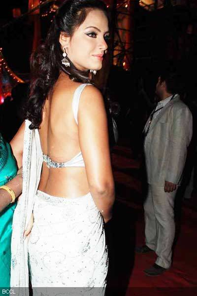 Neetu Chandra in Hot Backless White Saree