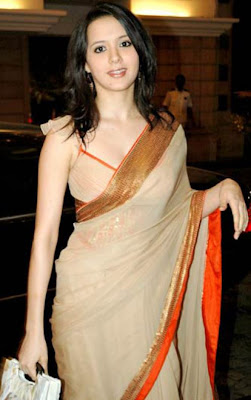 Isha Sharvani in saree