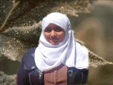 هاجر محمد أبوالسعود الأول مكرر على الصف الثانى