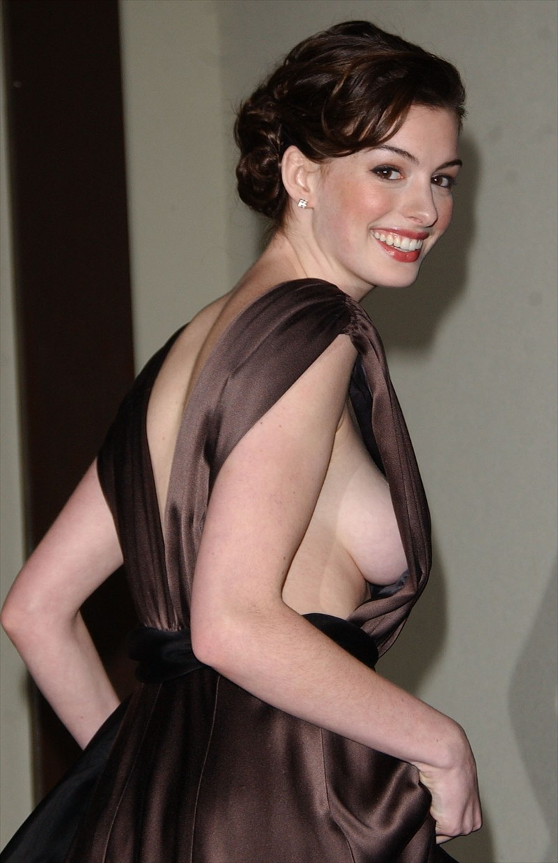 the beauty of anne hathaway side boob Anne Hathaway   Havoc   HDTV   185MB