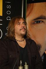 Cuando necesito metal, escucho a Alejandro Lerner