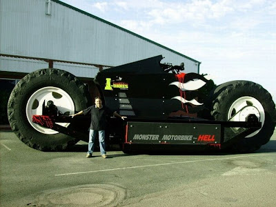 monster motor bike 07 World Biggest Bike Ever image gallery 