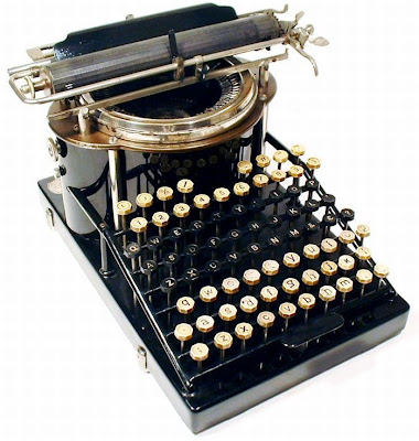 vintage typewriters 48 World's Oldest Typewriter Collection