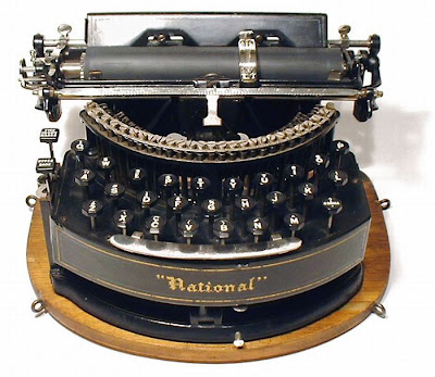 vintage typewriters 37 World's Oldest Typewriter Collection