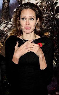 Gambar] Beragam Ekspresi Lucu Angelina Jolie