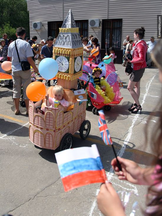 55 unusual baby carriages strollers Unusual-baby-carriages-41