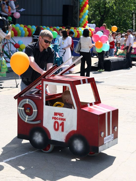 55 unusual baby carriages strollers Unusual-baby-carriages-19