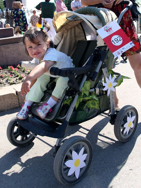 55 unusual baby carriages strollers Unusual-baby-carriages-17