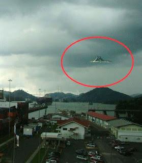 Gambar Misteri UFO