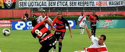 Foto da Faixa Adeus Jaques Wagner no Barradão
