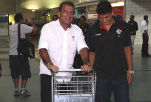 Ricardo Silva e Elkeson