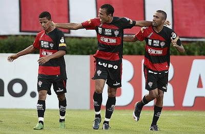 Foto: Adriano, Roger e Robinho