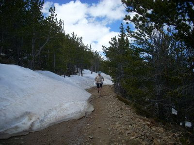 Trail running to Kingston Peak