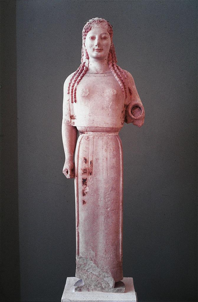 the peplos kore In the absence of any surviving clothing, art and literature provide the only  evidence of classical dress, opening a pandora's box of confusion and  contradiction.
