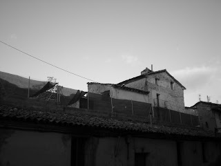 Detalle de muralla destruida en Calatayud