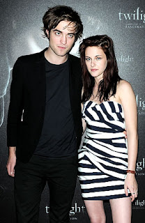 Robert Pattinson, Kristen Stewart admits Dating