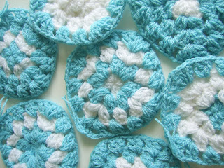 crochet crocheted bag yarn summer gift present granny squares kookoo