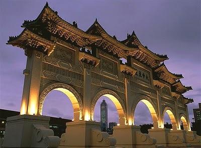 Il mausoleo del dittatore Chiang Kai-shek di Taiwan