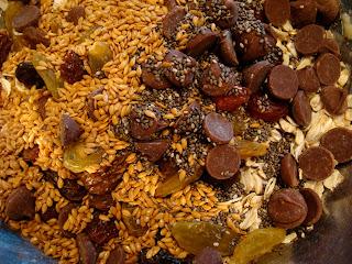 Flax & chia seeds, oats, chocolate chips added to banana