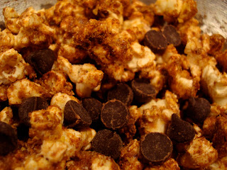 Nutritional Yeast Popcorn with chocolate chips