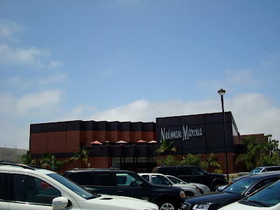 Outside of mall showing parking lot