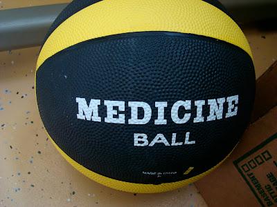 12 Pound Valeo Medicine Ball