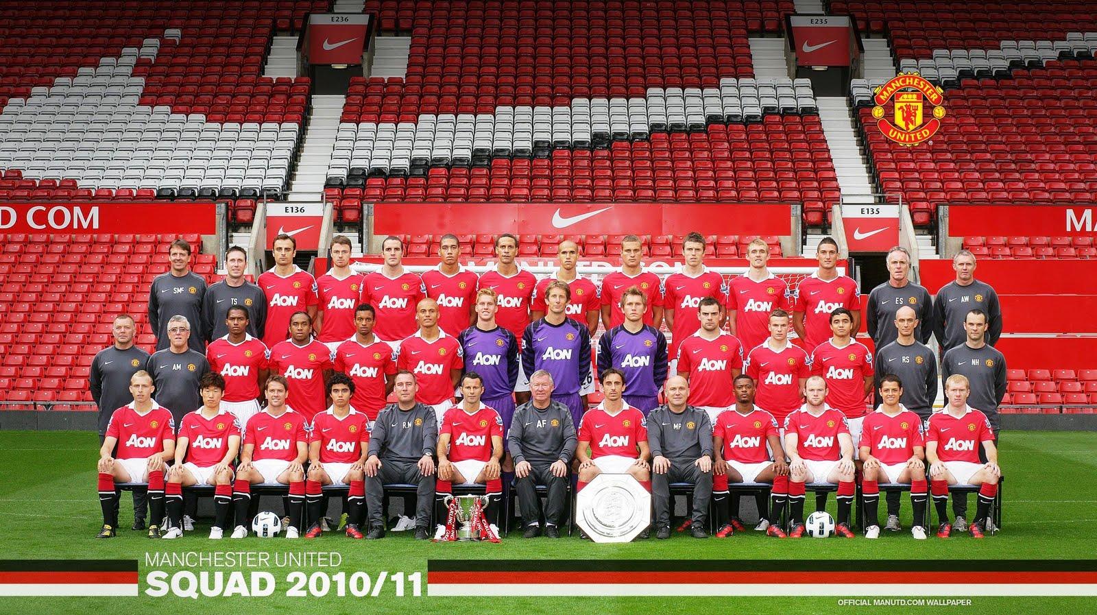 manchester_united_squad_photo_2010-2011.jpg