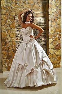 ... katalog on Namenloser Hochzeitskleid Nr 2 Hochzeitskleider Katalog